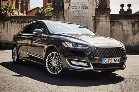 New Ford Mondeo Vignale Review  Auto Express