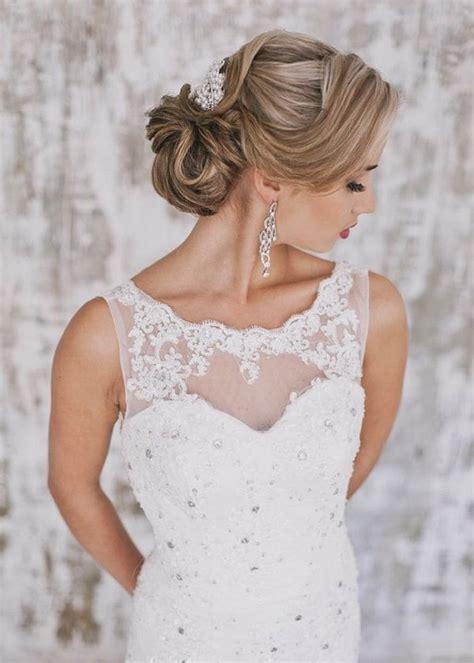 vintage wedding updo hairstyle  headpiece ideas deer