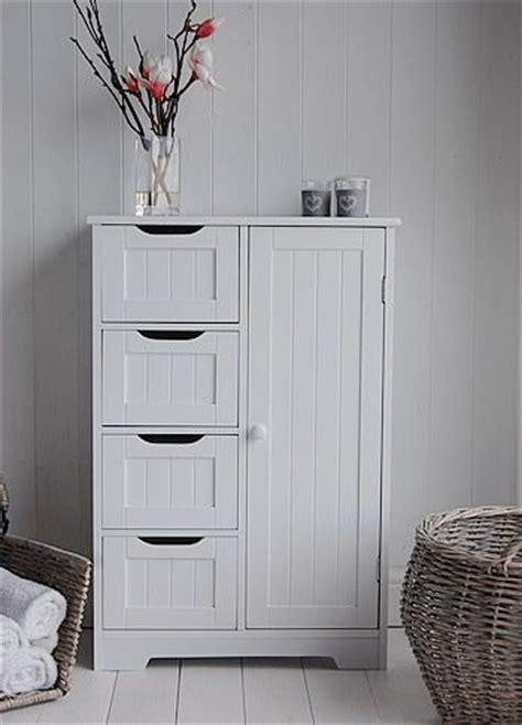 Small Bathroom Storage Furniture by Best 25 Bathroom Storage Ideas On Bathroom