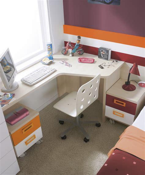 Corner Desk For Bedroom  Home Furniture Design