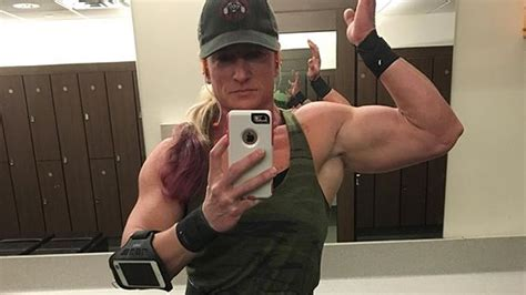 years young ifbb pro jennifer grealish female muscle