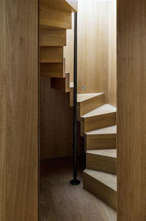 Treppen Für Kleine Räume by 13 Treppe Design Ideen F 252 R Kleine R 228 Ume Diese