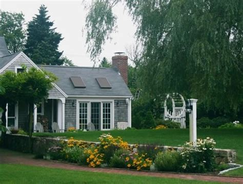 landscape design for cape cod style house landscaping ideas beach theme kids art decorating ideas