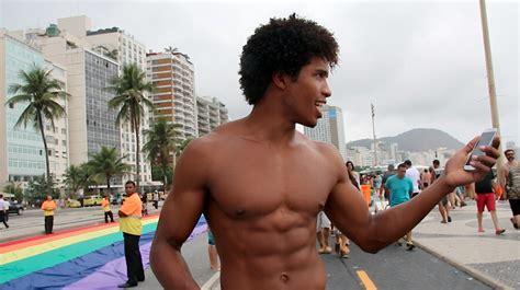 Copacabana Gay Sexy Amateurs Pics