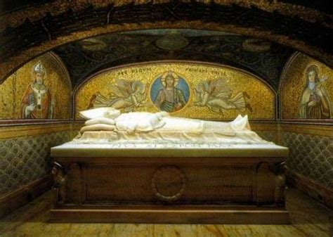 Vatican Grottoes (popes Tombs) In Rome Admission Free