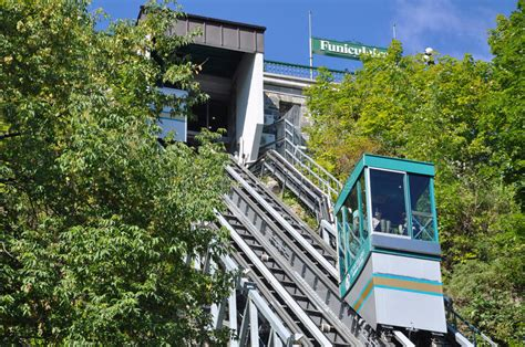 Funicular Of Old Quebec City Editorial Photo - Image of ...