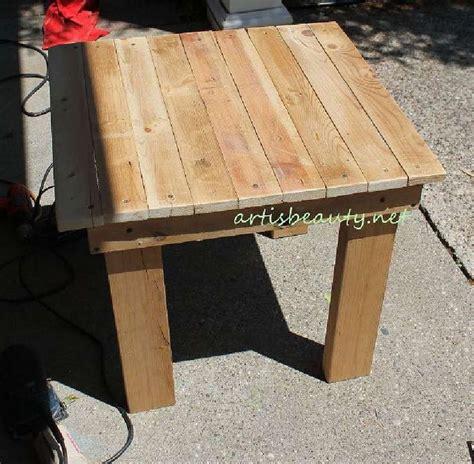comment fabriquer une table basse en bois 1000 id 233 es 224 propos de construire une table sur canap 233 rustique tables basses
