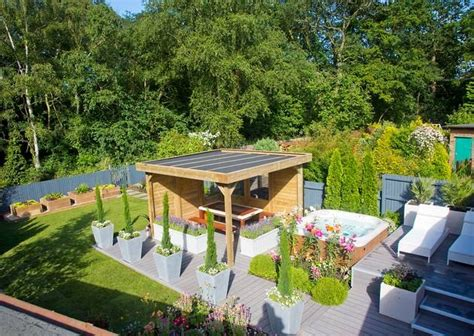 Alan Titchmarsh's Garden Makeover For