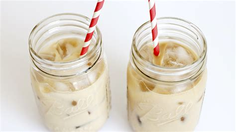 If using finely ground coffee for cold brew, you might find that the water becomes stuck in this bed of grinds. Jessa Duggar's cold brew coffee latte actually sounds pretty darn delicious - SheKnows