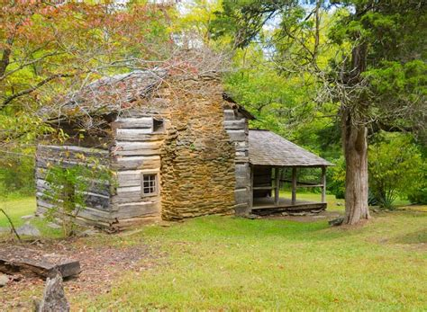 cabins of the smoky mountains the strange history of the walker in the smoky