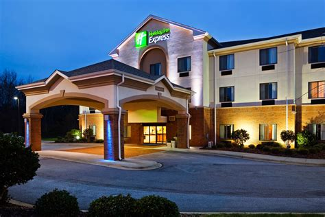 Fdl Fond Du Lac Area Convention And Visitors Inn Express Suites Fond Du Lac Fond Du Lac
