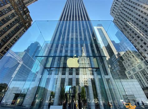 Inside Apple's Redesigned NYC Flagship Store