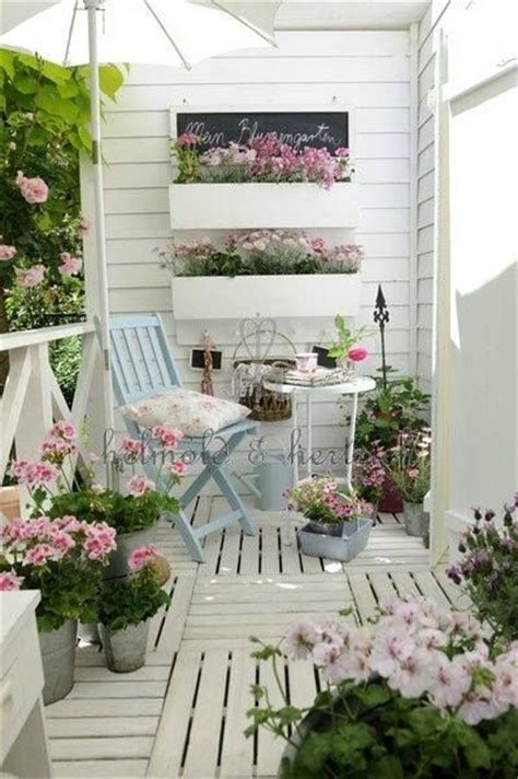 deco shabby chic pas cher 161 best images about vintage shabby chic for balcony and garden on