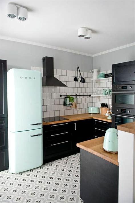carrelage cuisine ancien comment décorer avec le carrelage ancien 62 photos pour