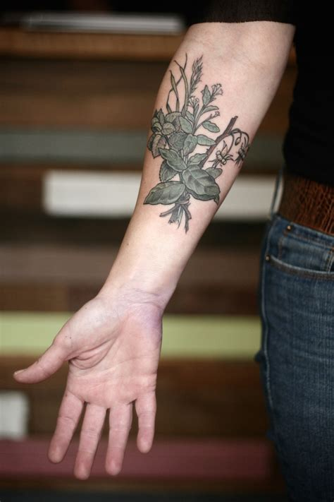 exquisitely beautiful botanical tattoos  alice carrier