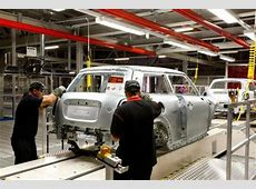 New MINI builds on UK auto manufacturing success SMMT