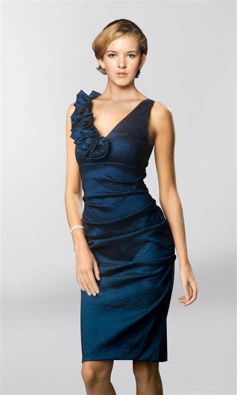 knee length dresses how navy blue dress
