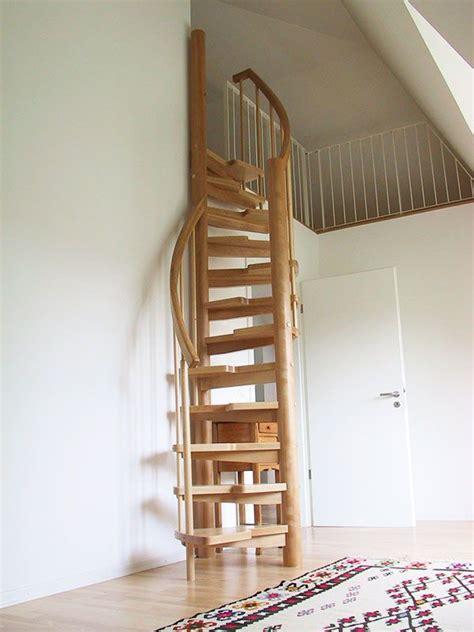 Dachbodenausbau Treppe dachboden ausbauen treppe die besten 25 dachboden ausbauen ideen