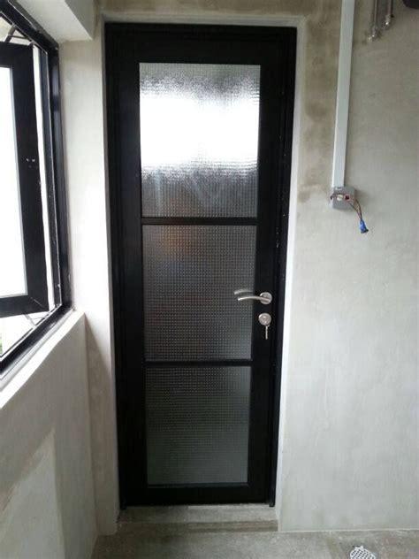 common room toilet door aluminium black frame frosted wire mesh glass toilet door