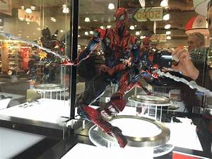 Toy Fair 2015: Square Enix shows off DC and new Marvel ...
