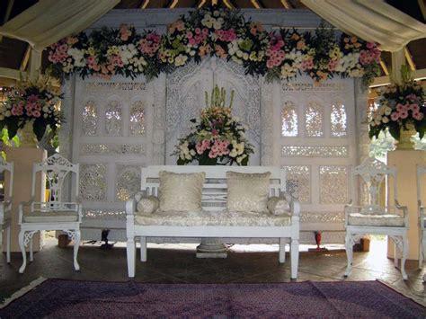 ide  inspirasi dekorasi pernikahan cantik  elegan