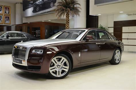 madeira red rolls royce ghost   good