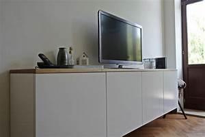 Sideboard Wohnzimmer : schwebendes sideboard im wohnzimmer ~ Pilothousefishingboats.com Haus und Dekorationen