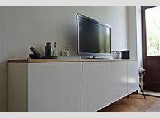 schwebendes Sideboard im Wohnzimmer hejde