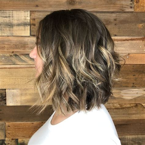 The Different Types of Bobs A line haircut short A line