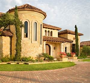 Hunterwood Tuscan villa - Mediterranean - Exterior