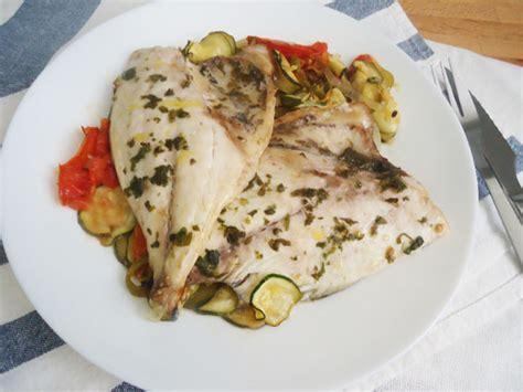 dorada al horno  verduras alegria en la cocina