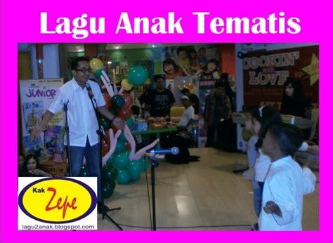 Download Lagu Anak Bahasa Indonesia & Inggris,dongeng