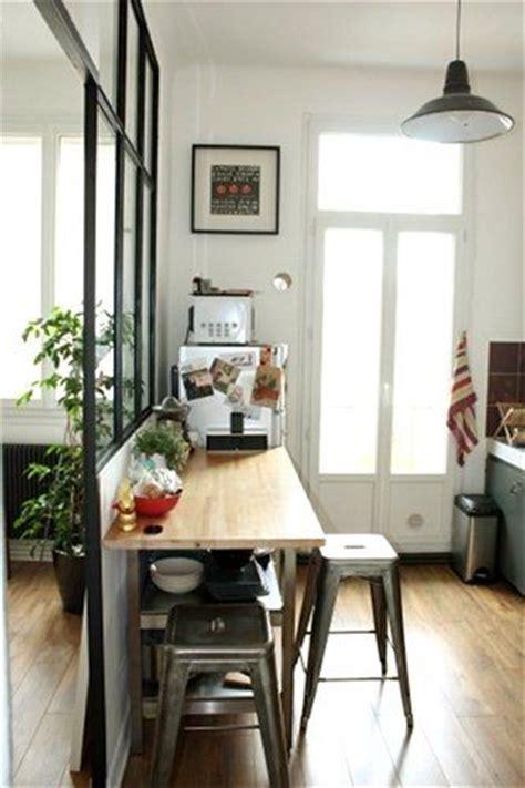 que faire contre les moucherons dans la cuisine comment manger dans sa cuisine cocon de décoration le