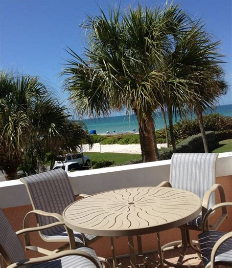 beautiful view condos on soft white vrbo