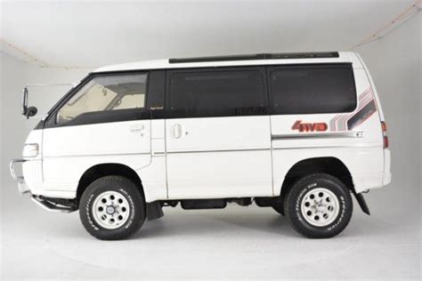 1991 mitsubishi delica exceed turbo diesel 65 800 white 2 5 automat classic