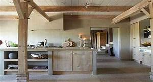 cuisine en bois de beaux modeles deco pour sinspirer With plan de travail exterieur beton 6 cuisine blanche deco design et plafond avec poutres en chene