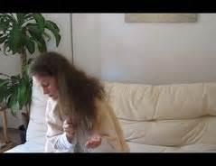 Haarkur Trockene Haare : video haarkur selber machen gegen trockene haare ~ Frokenaadalensverden.com Haus und Dekorationen