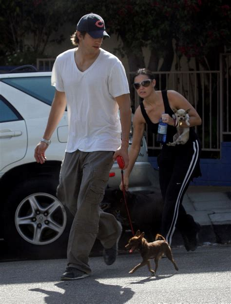 demi moore  ashton kutcher step   pack  dogs