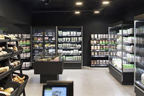 VkusVill store on Behance