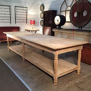 Table De Drapier : table drapier ~ Teatrodelosmanantiales.com Idées de Décoration