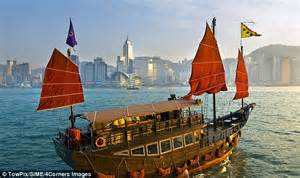 Hong Kong Junk Boat Dinner Cruise by S Seven Look Beyond Winter S Days At Some Sea