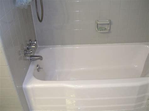 sweet glazing bathroom tile with green white tiles