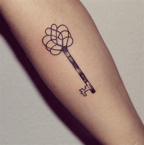 tatouage symbole famille tatouage symbole amour famille