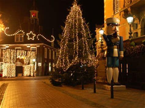 wiehnachtsmarkt achter  waag weihnachten