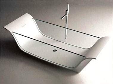 Freistehende Badewanne Die Moderne Badeinrichtungfreistehende Badewanne Aus Glas by Badewanne Mit Glas Wohn Design