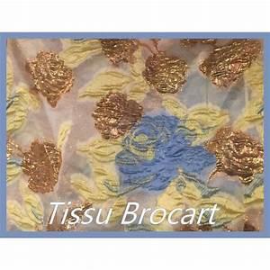 Création Avec Tissus : creation en tissu tissu de bton with creation en tissu une cration avec du tissu mini labo ~ Nature-et-papiers.com Idées de Décoration