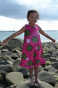 robe ethnique en tissu africain ou wax modele pinky With tissus taffetas pour robe
