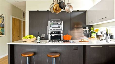 essential cleaning tips     popular cookware materials nrl essentials