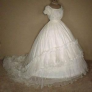 Civil war era wedding dresses silk evening gowns or ball for Civil war style wedding dresses