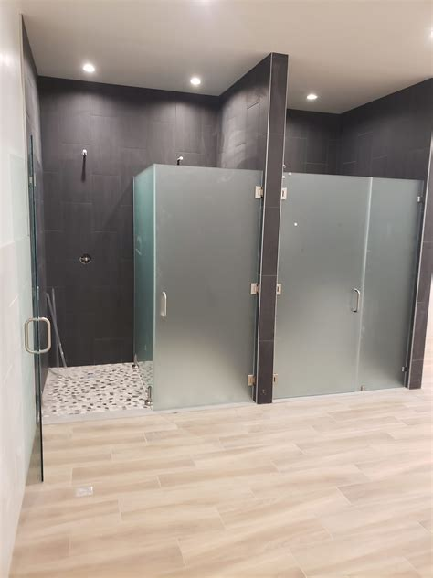 patriot glass custom acid etched frameless glass shower